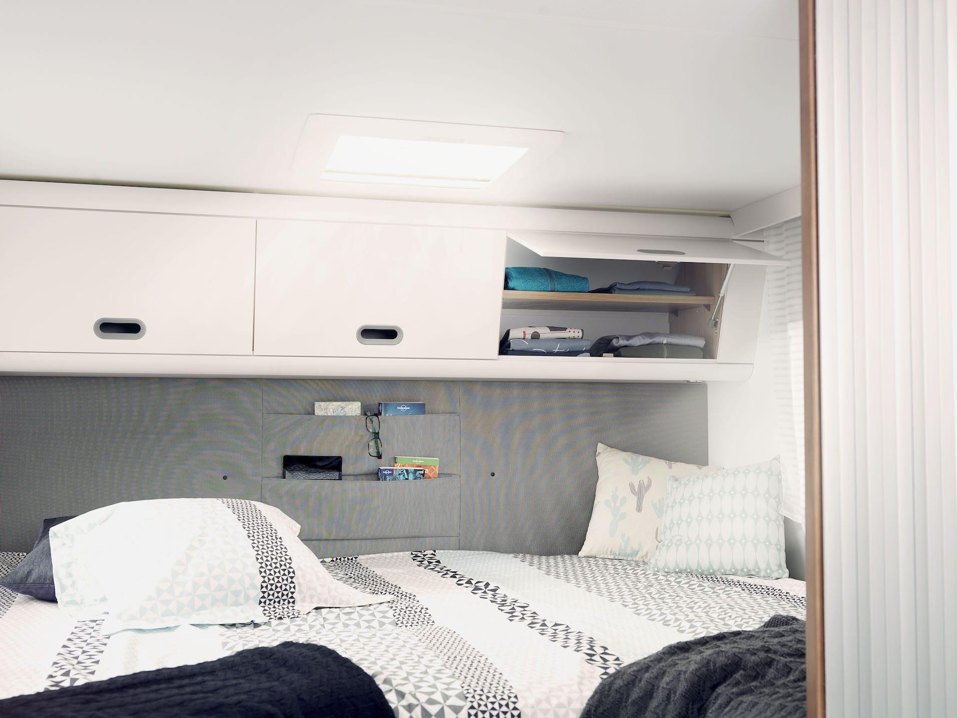 Bettbereich mit Aufbewahruung